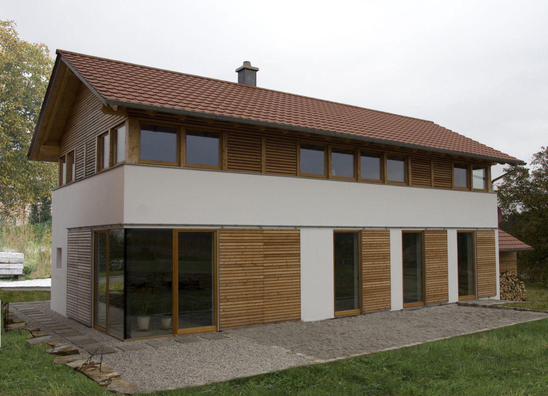 Modernes Bauernhaus modernes bauernhaus in ländlicher umgebung niederbayern