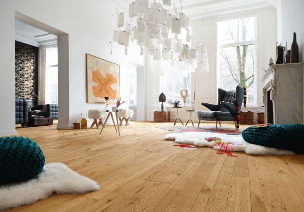 wohnzimmer holzboden:Individuelle Räume: Bodenbeläge im Wohnzimmer – bauemotion.de