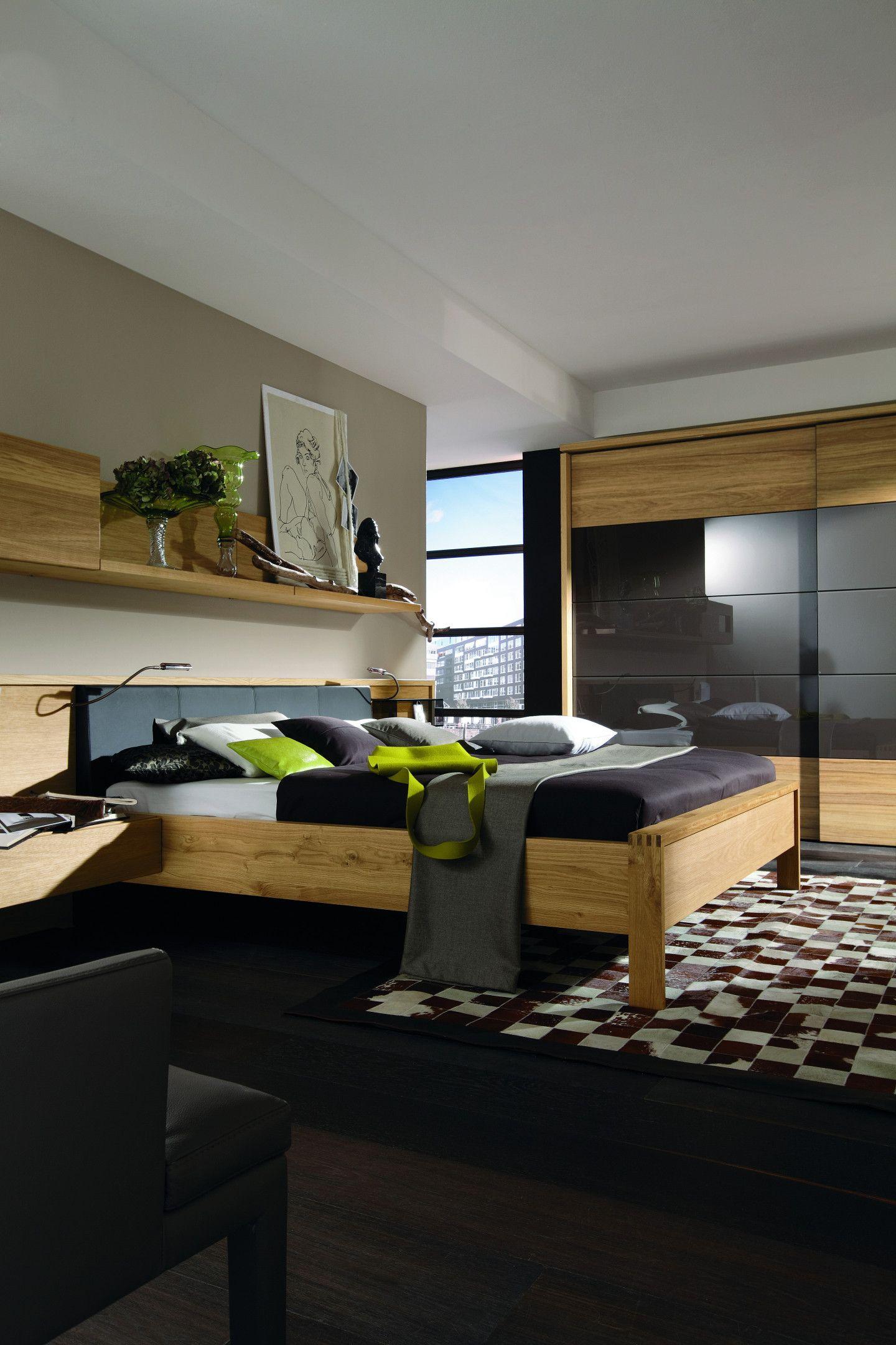 schlafzimmer einrichtung mit schwarzen akzenten. Black Bedroom Furniture Sets. Home Design Ideas