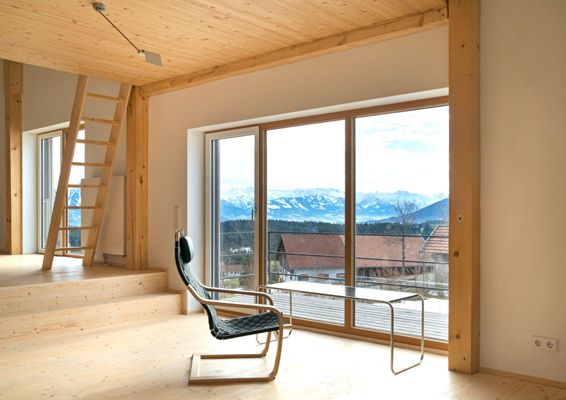 wohnen in einem haus mit landschaft. Black Bedroom Furniture Sets. Home Design Ideas