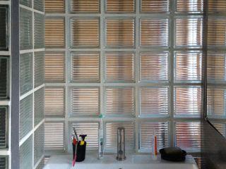 Badezimmer mit Wänden aus Glasbausteinen - bauemotion.de
